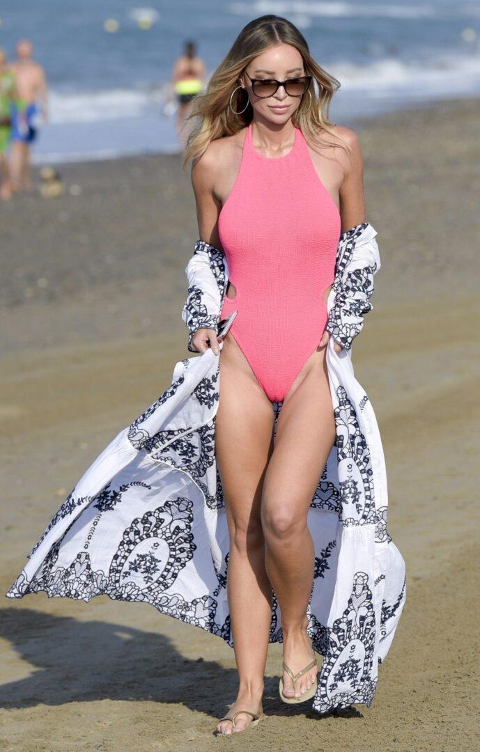 Lauren Pope In Swimsuit – Films Towie In Marbella