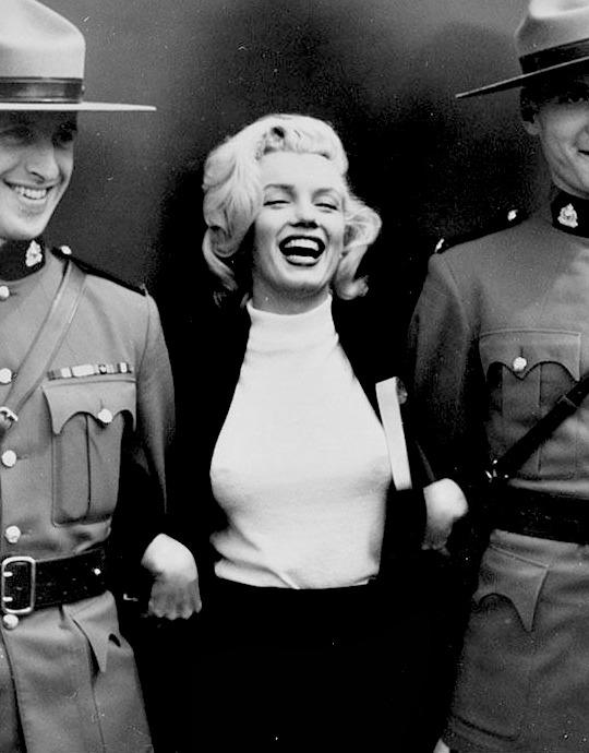 4. Marilyn-by-John-Vachon-in-August-1953.1