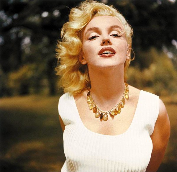 42. Marilyn-Monroe-32