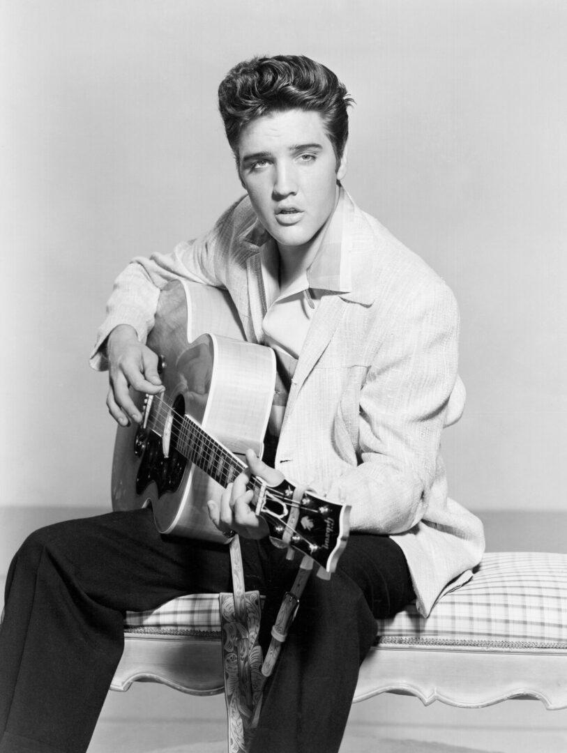 Celebrities-15-Elvis-Presley