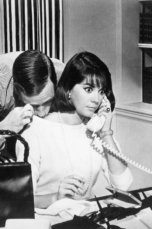Celebrities 9 Mel-Ferrer-and-Natalie-Wood-in-Sex-and-the-Single-Girl-1964